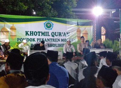 Khotmil Qur'an Pondeok Pesantren Darus Sholihin Hari Santri 2019