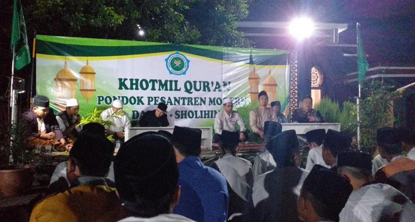 Khotmil Qur'an Menyambut Hari Santri Nasional 2019